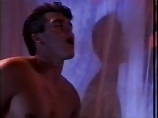 Jamie leigh curtis tits - Sun bunnies 1991