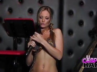 Sexy slave leia nude - Cosplay babes slave leia cums solo