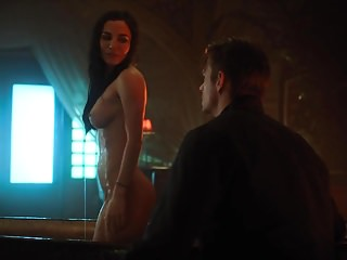 Asian fusion carbon steel woks Martha higareda - altered carbon s1e09