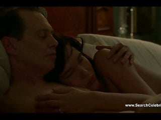 Baring their breast Paz de la huerta naked show bare breast - boardwalk empire