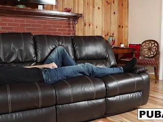 Sleepy bear motel on gatlinburg strip - Sexy addison seduces her sleepy boyfriend