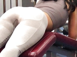 Stickers breasts outlines - Nice ass at the gym pussy outline showing