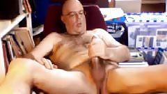 Hot daddy bear with long dick wanking