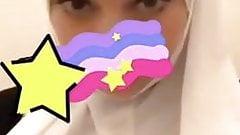 Beurette hijab peituda puta