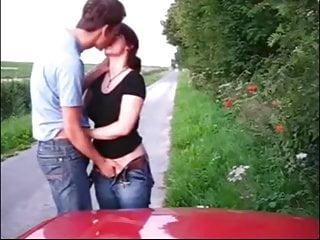 Blowjob directions - Il me baise directe devant la voiture