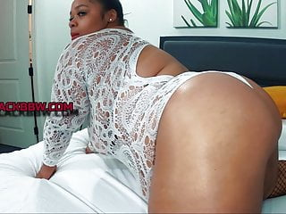 Blone white big ass and titts Queen k sexy big belly and titts
