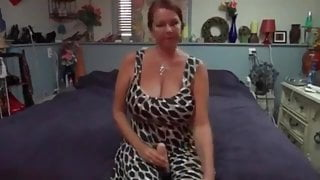 Sexy milf Carrie plays with bid dildo