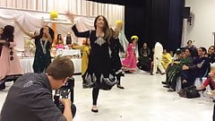 Desi Paki Showing Cleavage While Dancing