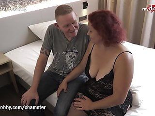 Secret milf chat - Mydirtyhobby - divorced milf fucks her online chat buddy
