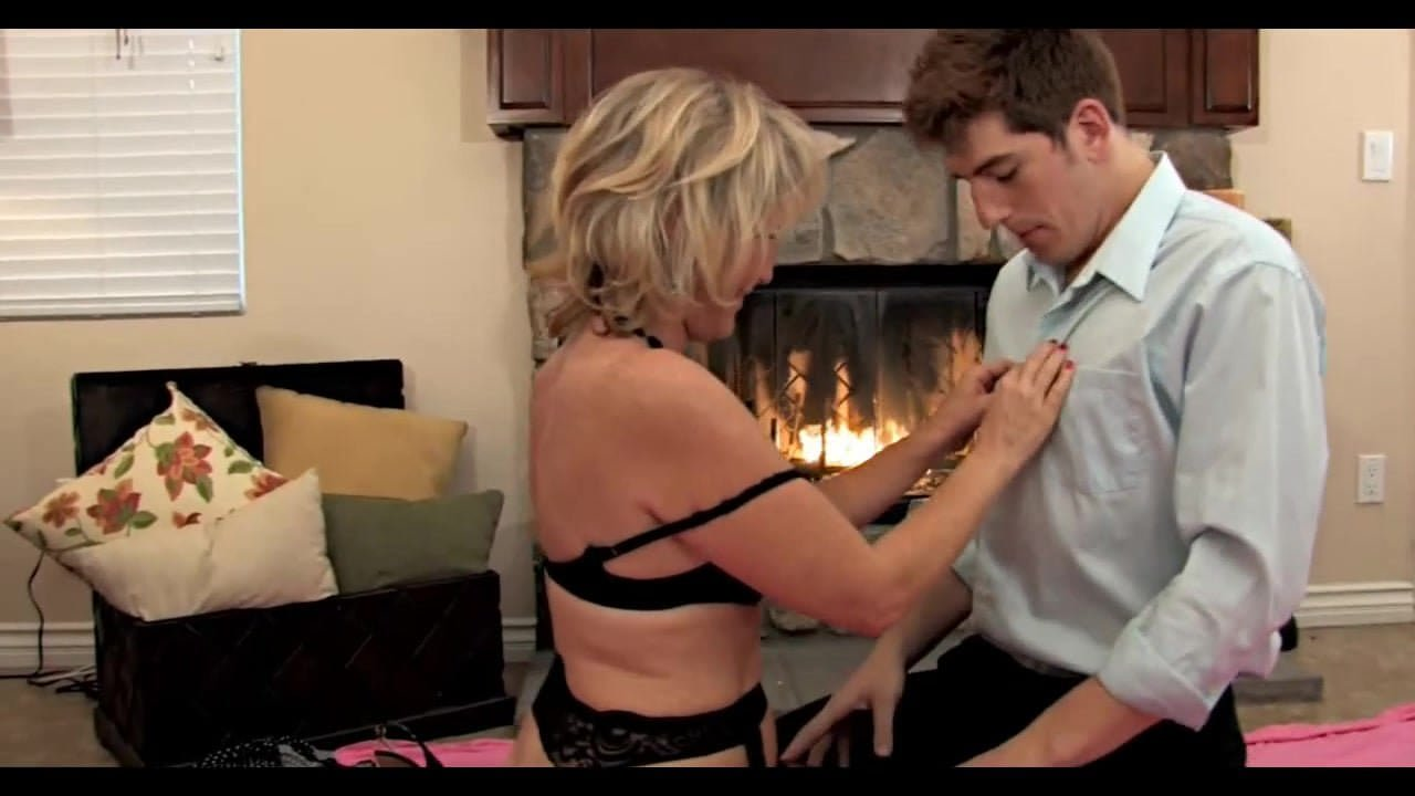 Free download & watch son best friend come back to visit         porn movies