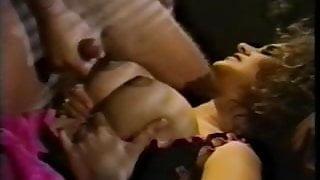 Leanna Foxxx - Return Of The Bimbo
