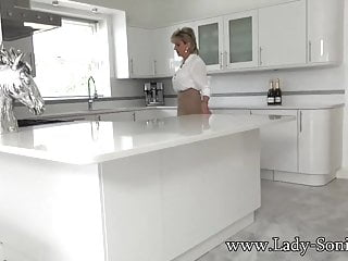 Lady sonia masturbate Lady sonia masturbating on the kitchen counter