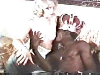 Platinum escort platinum escort Vintage ir - king paul fucks platinum blonde