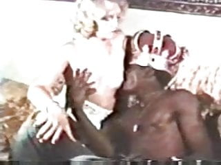 Free platinum blonde pussy hair Vintage ir - king paul fucks platinum blonde