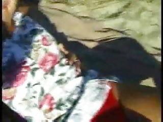 Video hot porno .... a hot porno on the beach