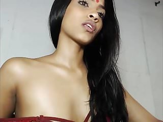 Sexy indian dullard Sexy indian webcam show