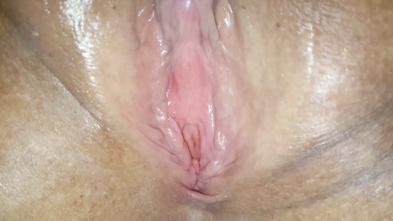 Nice contracting orgasm close up