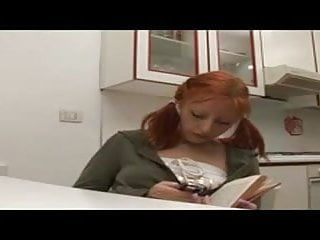 Roxana teen model Roxana ardi scena