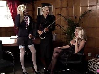 Lesbian sex hardcore eating wet pussy Wet pussys - willst du jetzt ficken