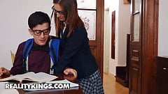 Moms Bang Teens - Jordi Lilu Moon Mina