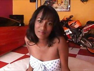 Teen ebony loves white dick - Ebony beauty enjoy hot white dick
