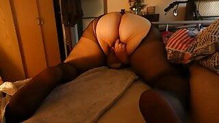 Pantyhose fat ass bbw masturbating