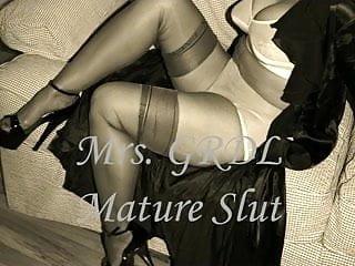 Retro mature stockings Mature slut teases in retro lingerie slideshow