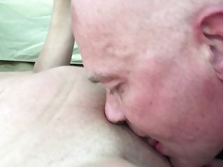 Free lesbian videos for mobile Pussy licking free mobile licking pussy