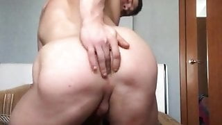 Russian fitness trainer jerk off and play with his ass