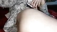 Sexy Bhabhi Playing With Pussy