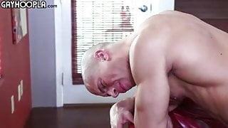 Gay Sex : Max Summerfield & Sean Costin