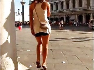 Free sexy candid thumbnails Sexy candid milf great legs shoes