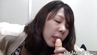Kinky Japanese pussy toyed with in homemade POV