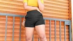 calcinha marcando bucetona big ass pussy brunette teen hot