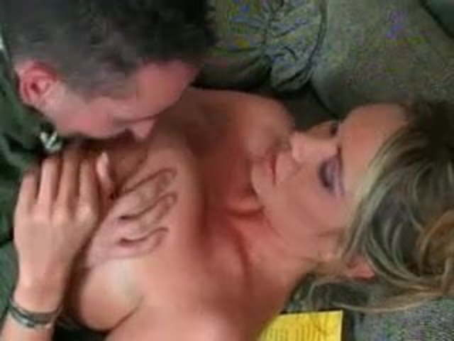 Milf Luring The Pizza Boy Free New Tube Porn 00 Xhamster