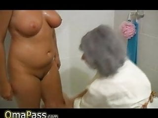 Granny hairy bathing Omapass bbw chubby granny with old mature woman in bath