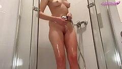 Big Ass Blonde Masturbates Wet Pussy and Cum in the Shower