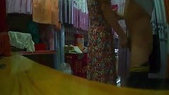 The curtain shop aunt Flashing (2)