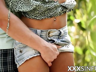 Young vixens sex Perfectly shaped young vixen sensually banged outdoor