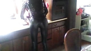me in my tight leather leggigs