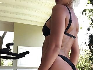 Xhamster bikini showing - Solci perez in a bikini showing off her amazing ass