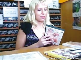 Percillas sex store - Quick sex in a dvd store