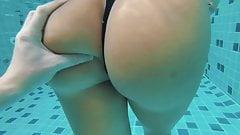 Horny Armenian Girl Swimming Pool Big Ass Booty Kavkaz Slut