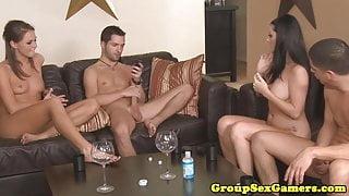 Sexgamers facializing brunettes