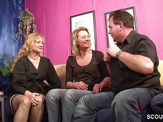 Er porno - Er bekommt seinen ersten dreier mit frau und deren schwester