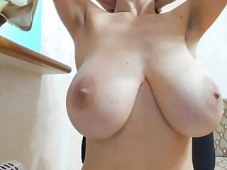 Drink tit milk slutload Drinking milk from huge natural breast