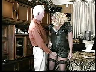 Her ass out Older gent licks his cum out of her ass