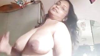 Indian Bhabhi Showing Boobs