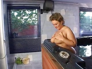 Xxx tub Plump mom gets fucked in the hot tub