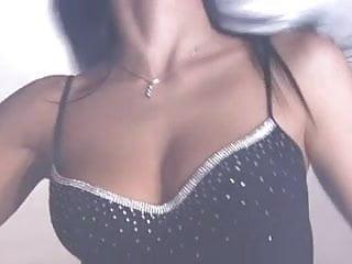 Nude gucci ads - Scene 2 from doppie sensazioni sofia gucci